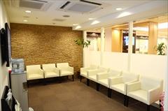 ヴィータ歯科 待合室